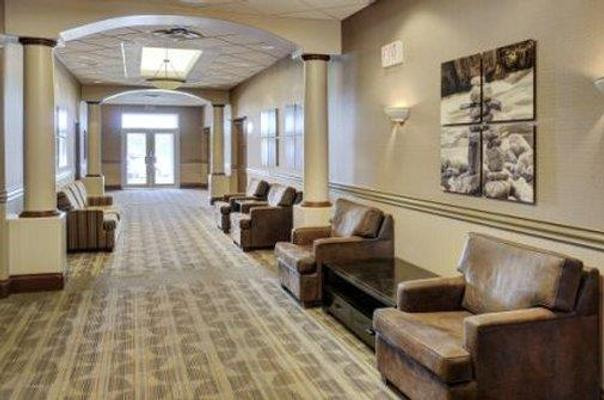 Lakeview Inns & Suites Fort Saskatchewan - Fort Saskatchewan - Lobby