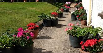 Brambles Bed and Breakfast - Tiverton - Outdoors view