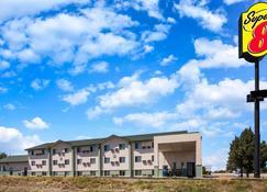 科羅拉多普韋布洛速 8 酒店 - 培布羅 - 普韋布洛 - 建築