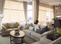 Ridge Hall A3B - Dublin - Living room