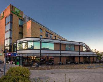 Holiday Inn London - Brentford Lock - Brentford - Edificio