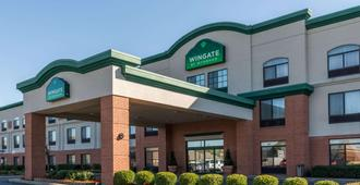 Wingate by Wyndham Indianapolis Airport-Rockville Rd. - Indianapolis - Building