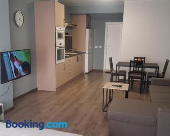 Luxury Suites 3 - Karlovo - Huiskamer