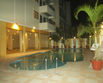 Hotel Supreme - Vasco da Gama - Pool