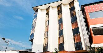 Hotel San Juan De Arama - וילהויצ'נסיו