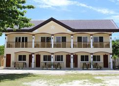 Malapascua Starlight Resort - Daanbantayan - Building