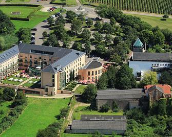 Victor's Residenz-Hotel Schloss Berg - Nennig - Gebäude