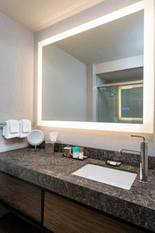 Hyatt Regency Rochester - Rochester - Phòng tắm