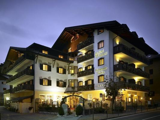 Hotel Dolomiti - Moena - Building