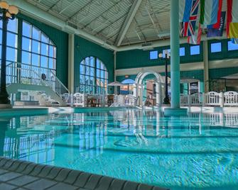 Temple Gardens Hotel & Spa - Moose Jaw - Pool