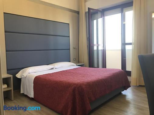Hotel Elisabeth Due - Fano - Bedroom