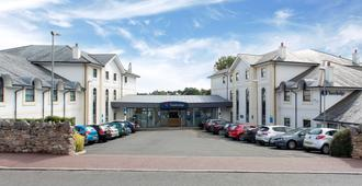 Travelodge Torquay - Torquay - Building