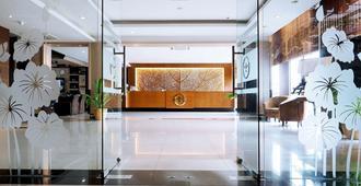 Nagoya Mansion Hotel & Residence - Batam
