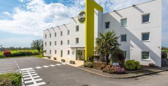 B&B Hotel Vannes Ouest Golfe Du Morbihan - Vannes - Edificio