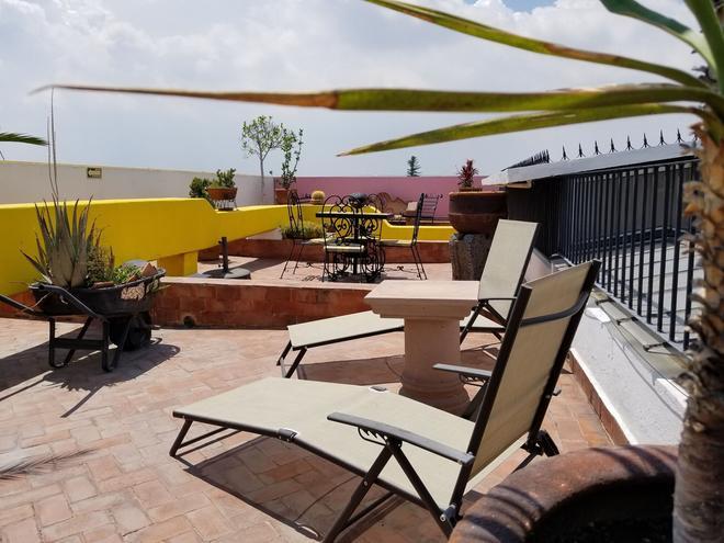 Suites Sofía - Santiago de Querétaro - Patio
