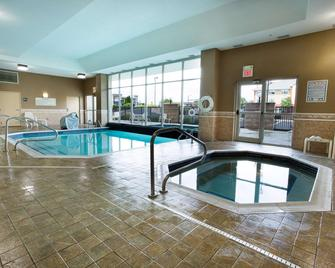 Drury Inn & Suites Dayton North - Dayton - Svømmebasseng