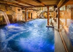 Bellevue Hotel & Spa - Cogne - Pool
