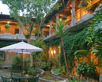Hotel Elvir - Santa Rosa Copan - Outdoors view
