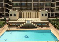 Jambo Homestay - Embakasi - Pool