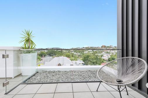 Gambaro Hotel Brisbane - Brisbane - Balcony
