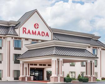 Ramada by Wyndham Harrisburg/Hershey Area - Harrisburg - Building