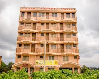 Eland Safari Hotel Nyeri - Nyeri - Building
