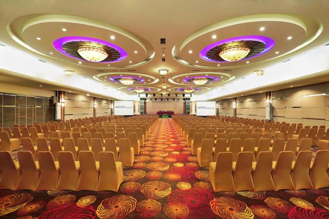 Aston Pontianak Hotel and Convention Center - Pontianak - Meeting room
