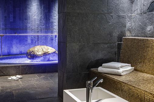 Dorint Parkhotel Meißen - Meissen - Bathroom