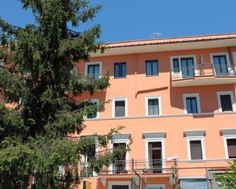 Hotel La Villa - Ceccano - Edificio