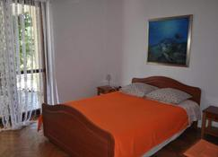 Dolac Guesthouse - Zadar - Phòng ngủ