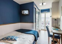 Brit Hotel De Paris - Saint-Jean-de-Luz - Κρεβατοκάμαρα