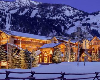 Snake River Lodge & Spa - Teton Village - Building