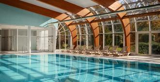 Spa Resort Sanssouci - קרלובי וארי - בריכה