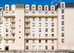 Aparthotel Adagio Access la Défense Puteaux - Puteaux - Building