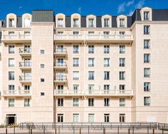Aparthotel Adagio Access la Défense Puteaux - Puteaux - Gebäude