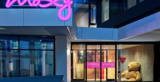 Moxy Frankfurt City Center - Frankfurt am Main - Building