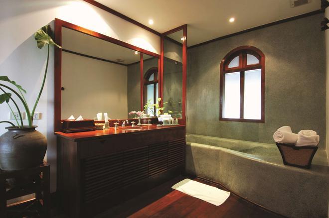 普瓦瑯勃拉邦貝爾蒙公寓酒店 - 龍坡邦 - 龍坡邦 - 浴室