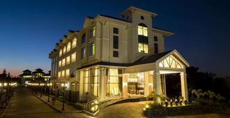 Clarks Exotica Convention, Resort & Spa - דוואנהלי