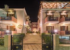 Theofilos Paradise Boutique Hotel - Mytilene - Building