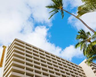 Ambassador Hotel Waikiki - Honolulu - Outdoor view