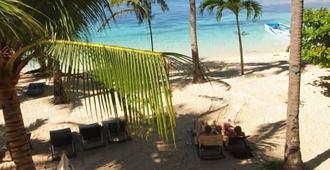 Ocean Vida Beach and Dive Resort - Daanbantayan - Playa
