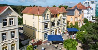 Hotel Villa Seeschlösschen - Heringsdorf (Mecklemburgo-Pomerânia Ocidental) - Edifício