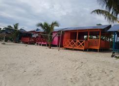 Faimafili Village Resort - Matautu (Upolu) - Outdoor view
