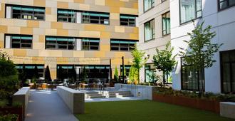 Staybridge Suites Seattle - South Lake Union, An IHG Hotel - סיאטל