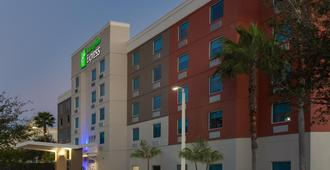 Holiday Inn Express Hotel & Suites Ft Lauderdale Airport/Cru - Fort Lauderdale - Building