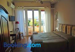 Bed And Breakfast Kemonia - Palermo - Bedroom