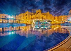 Al Jahra Copthorne Hotel & Resort - Jahra - Κτίριο