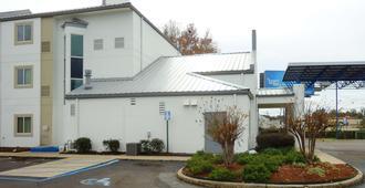 Motel 6 Jackson Airport - Pearl - Pearl - Building