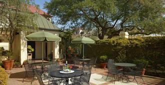 Kings Courtyard Inn - Charleston - Patio