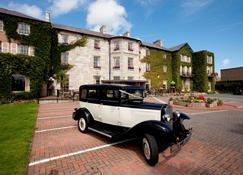 The Bulkeley Hotel - Beaumaris - Building